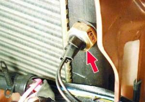Датчик включения вентилятора охлаждения