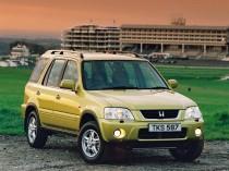 Honda CR-V -типичный «паркетник»: несущий кузов, независимая подвеска всех колес, клиренс —170 мм, отключаемый привод на задние колеса, 5 передач