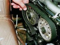 Особенно пристального внимания требуют ремни ГРМ 16-клапанного вазовского двигателя