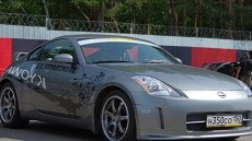Nissan 350Z: горячая леди
