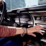Приятная музыка во время приятной езды на авто