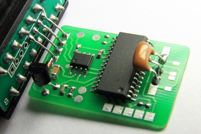 Как сделать подмотку электронных спидометров