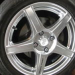 Именитые бренды колесных дисков не соответствуют заявленным показателям безопасности